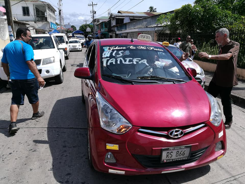 Taxi Bluefields2.jpg